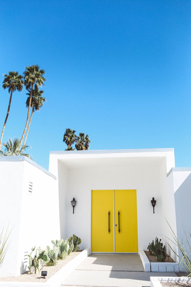 self guided celebrity tours palm springs